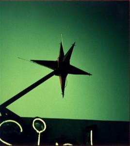 De ster op het Sinbad Motel, Miami Florida welke werd gebruikt voor Automatic for the People